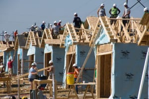 CEDAR RAPIDS, IOWA, USA (6/16/09)-During the 2009 Americorps Build-a-Thon, 500 Habitat for Humanity Americorps members and alumni helped 20 families build houses in the community hardest hit by the Iowa floods of 2008. © Habitat for Humanity International/Ezra Millstein
